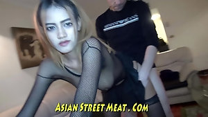 Pale Pinoy girl fucked good and proper in her pussy